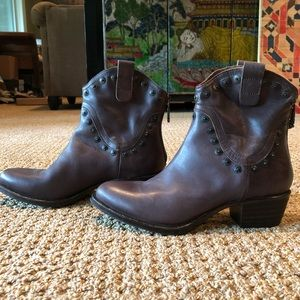 NWOT Brown Studded Western Ankle Boots